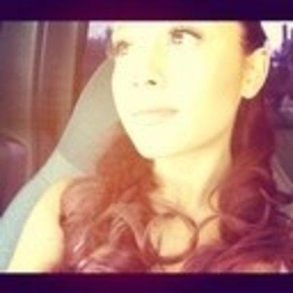 File:ArianaAvatarTwitter3.jpg