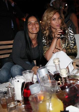 File:Beyonce La Marina 2.jpg