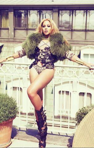 File:Beyonce4.jpg