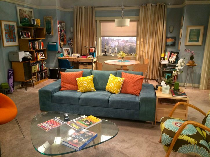 Howard And Bernadette Living Room