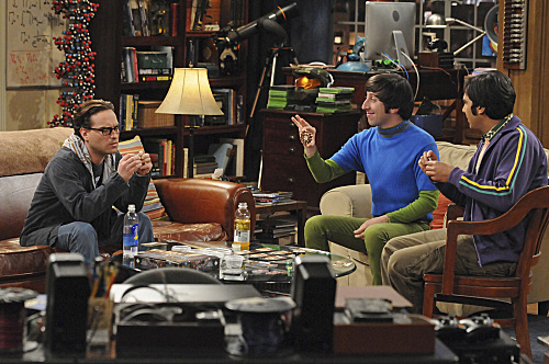 File:Howard, Raj and Leonard in his apartment.jpg
