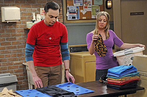 File:Sheldon and Penny in the laundry room.jpg