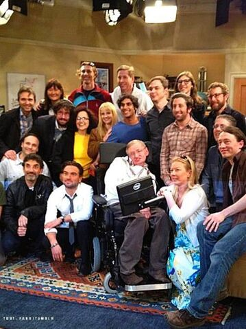File:Stephen Hawking with the Cast and Crew of The Big Bang Theory.jpg