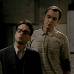 Sheldon and Leonard in the original pilot.