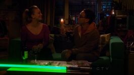 S5Ep15 - Leonard and Penny in the dark