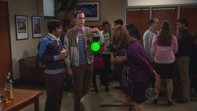 File:The-Big-Bang-Theory-S3-E12-096.jpg