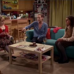 Despite the Shamy breakup, the girls' night continues.