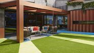 BB16 outside seating area
