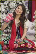 Miranda-cosgrove-big-time-rush-christmas-05