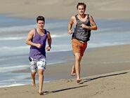 Kendall-schmidt-big-time-rush-shirtless (1)