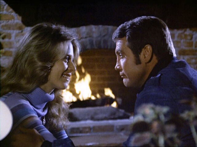File:Jaime Steve fireplace.jpg