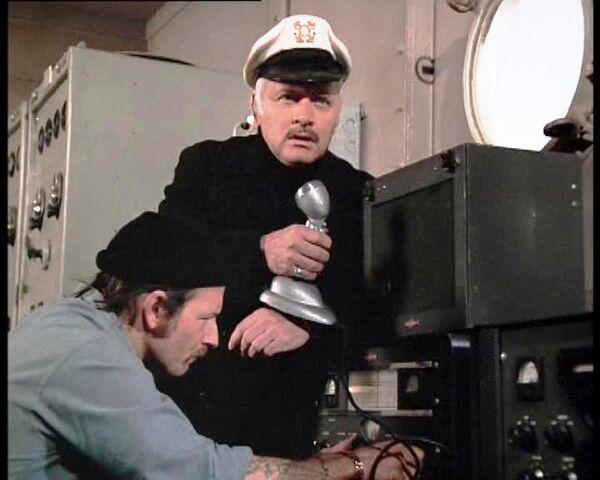 File:Captain radio operator.jpg