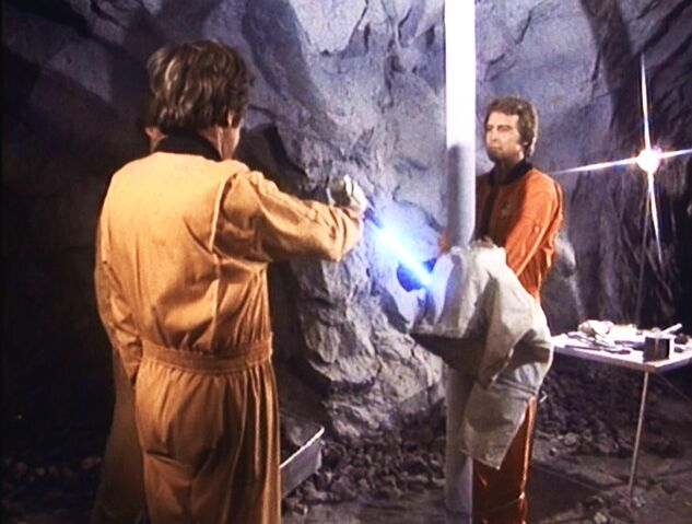 File:Dark Side of the Moon (Part II) - Steve immobilized by a cold rod.jpg
