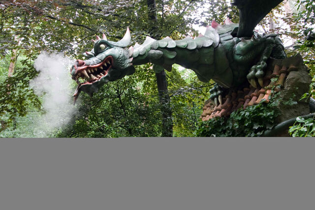 File:Dragon Efteling.jpg