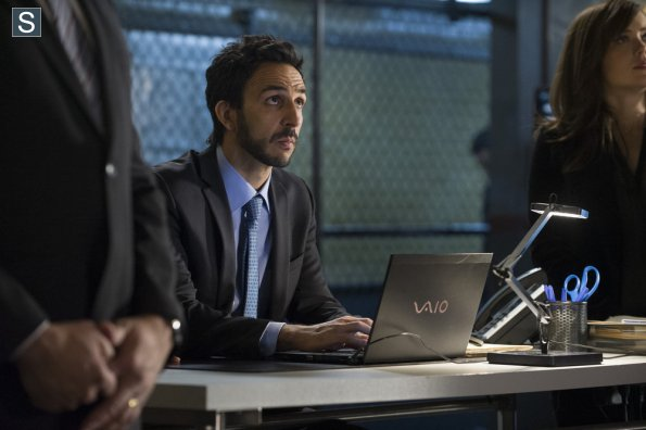 File:The Blacklist - Episode 1.16 - Mako Tanida - Promotional Photos (14) 595 slogo.jpg