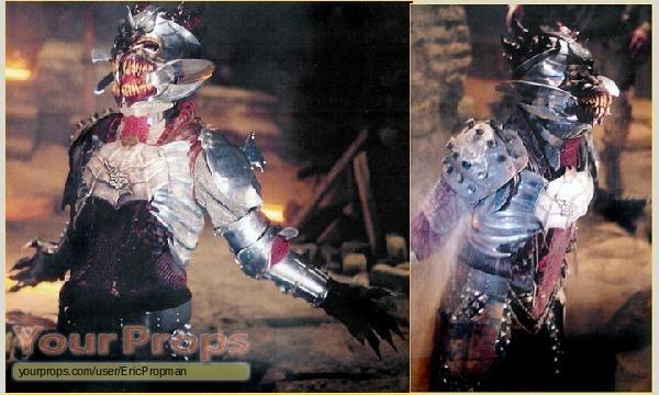 File:Blade-Trinity-Dracula-s-Armor-Plate-2.jpg