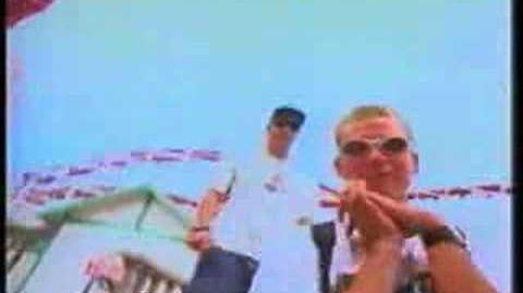 Blink 182 m+ms video