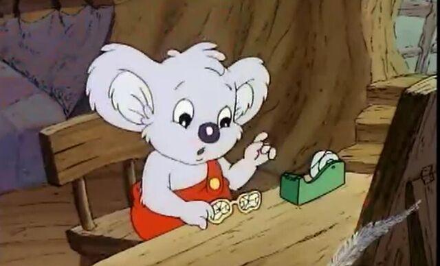 File:Blinky Bill saves Granny Glasses Blinky can repair glasses.jpg