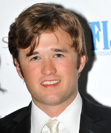 File:Haley Joel Osment.png