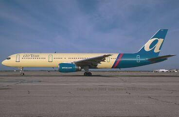 AirTran Boeing 757 0001