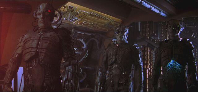 File:Star.Trek.First.Contact.1996.1080p.BluRay.x264-CiNEFiLE.mkv5248.jpg