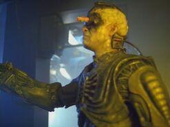Star.Trek.Voyager.s03e17.Unity.mkv4734