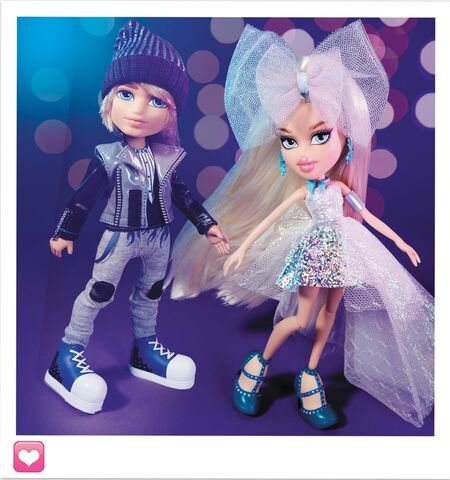File:102042-bratz-metallic-madness-2-pack-style-2-cameron-and-cloe-bty-002.jpg