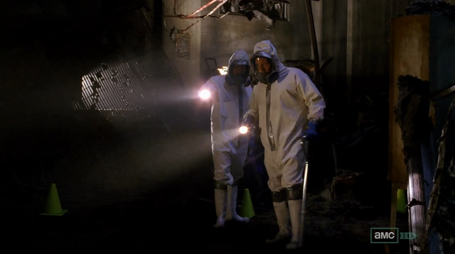 File:5x1 Hank and Gomez in superlab.png