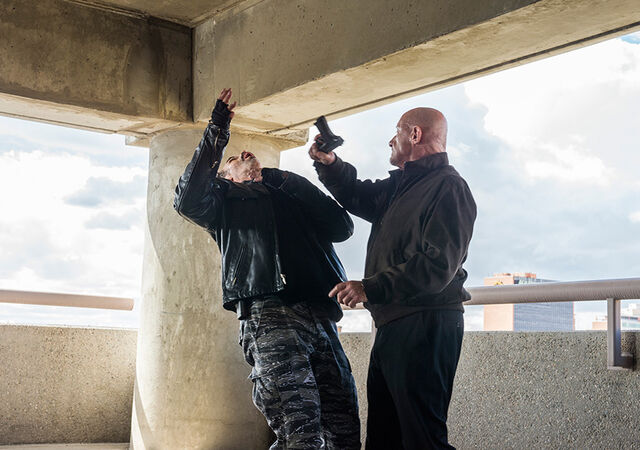 File:Better-call-saul-episode-109-mike-banks-935-sized-6.jpg