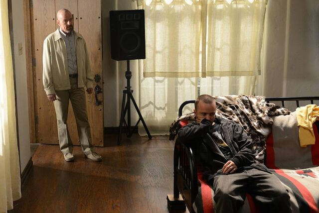 File:5x09 Walt & Jesse.jpg