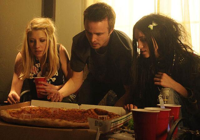 File:Episode-2-Jesse-Pizza.jpg