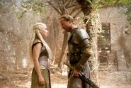 Daenerys and Jorah 2x08-1