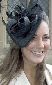 File:Her Hat 2.JPG