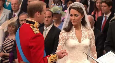 File:Her Wedding Dress.jpg