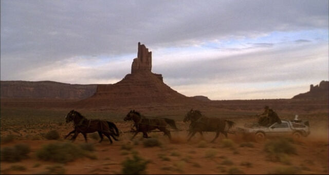 File:Horse-drawn DeLorean.jpg
