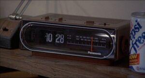 Radio clock