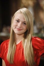 Abby-Carlton-Hayley-Erin-the-young-and-the-restless-4952744-683-1024