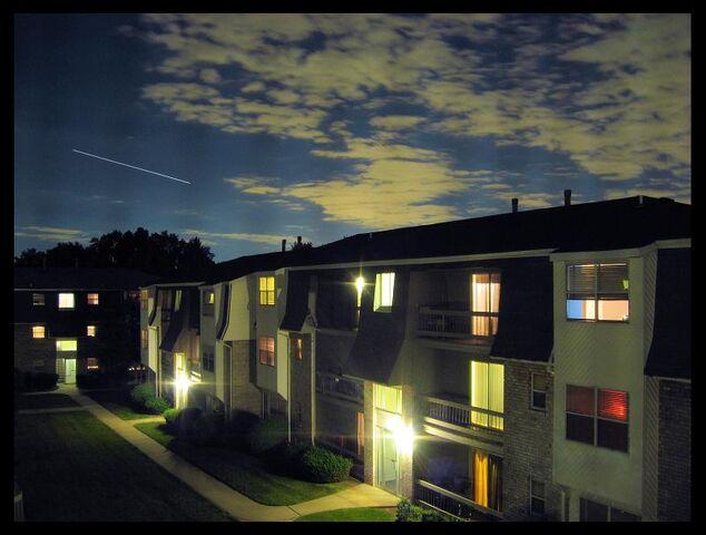檔案:Apartment Complex.jpg