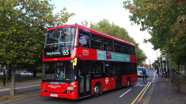 File:London Bus Route 65.jpg