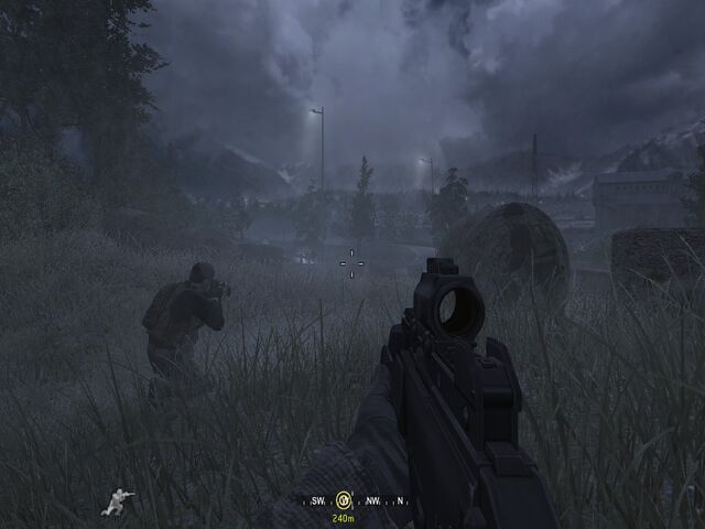 File:Stealthily approaching enemy troops Hunted CoD4.jpg