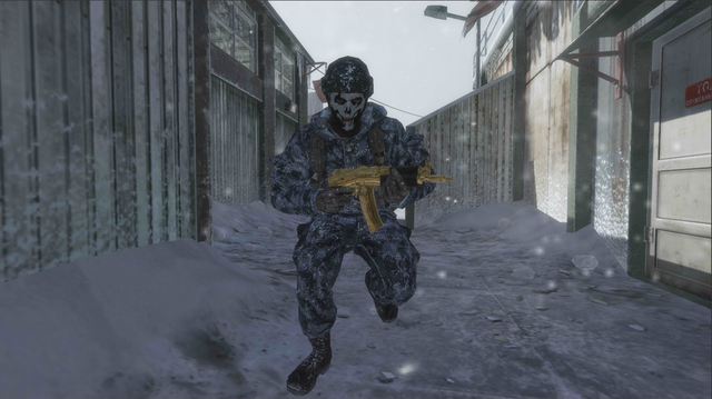 File:AdvancedRookie Summit soldier running with gold AK74u.png