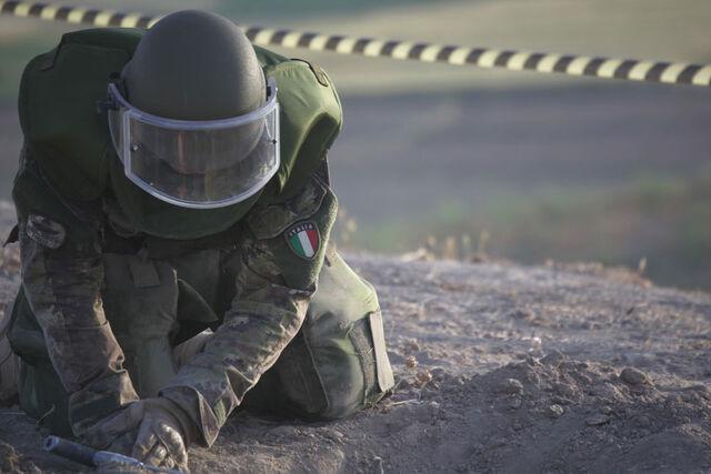 File:Genieri in Afghanistan.jpg