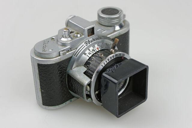 File:Photavit III Schneider Xenar f3,5-37,5mm Compur Rapid 04.jpg