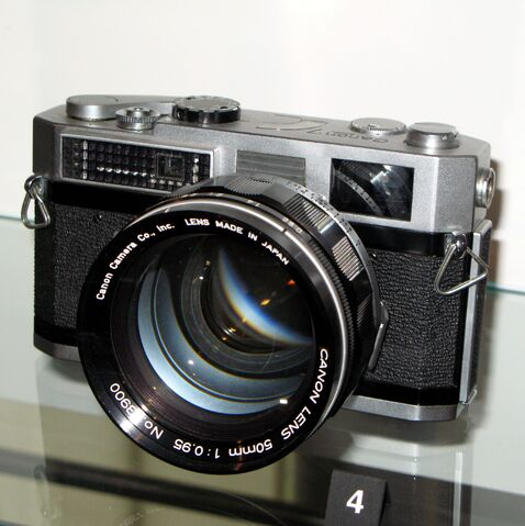 File:Canon 7 with 50mm f0.95 IMG 0374.jpg