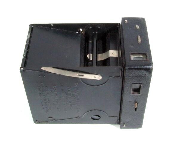 File:Kodak Brownie 04.JPG