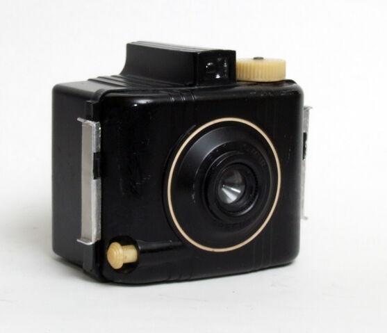 File:Kodak Baby Brownie Special 02.jpg