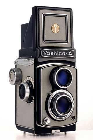 File:Yashica A Grey.jpg