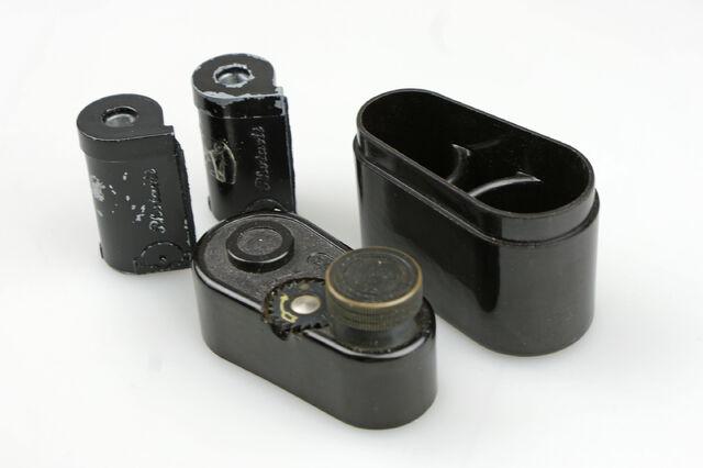 File:Photavit III Schneider Xenar f3,5-37,5mm Compur Rapid 10.jpg