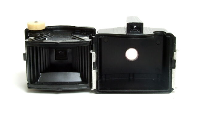 File:Kodak Baby Brownie Special 06.jpg