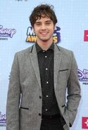 David-lambert-2015-radio-disney-music-awards-01